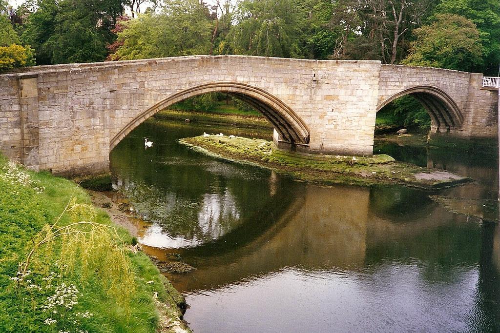 Уоркуорт, укрепленный мост