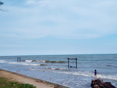 Ayunan pantai manggar