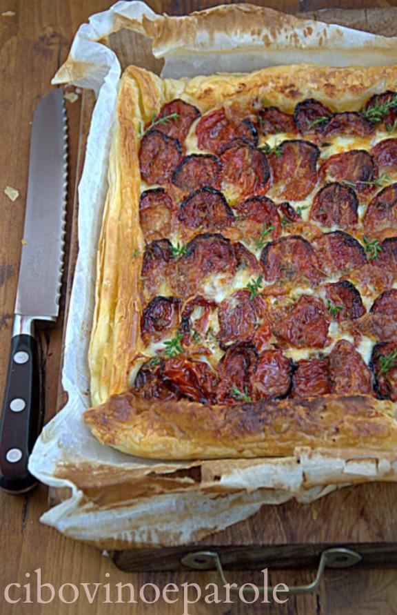 Torta di pomodori arrosto e mozzarella