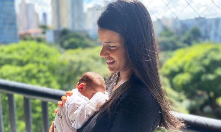 Após mãe ser imunizada, bebê nasce com anticorpos contra a Covid-19 na Bahia