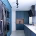 Cozinha estreita com marcenaria clássica em laca azul e bancada de mármore giotto!