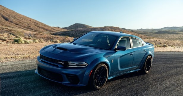 2020 dodge charger srt hellcat widebody review  specs  price