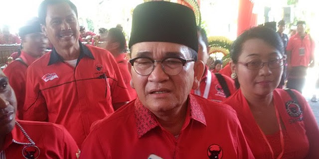 Andi Arief: Udah Gila, Ruhut Sitompul Mau Kudeta Moeldoko sebagai KSP