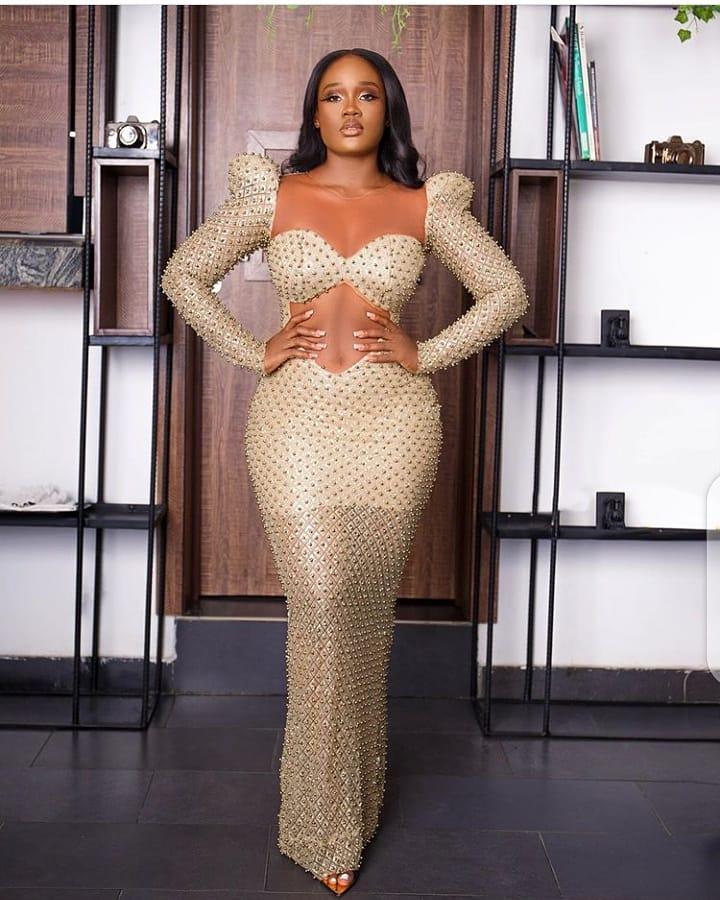 Open belle dress fitted dress
