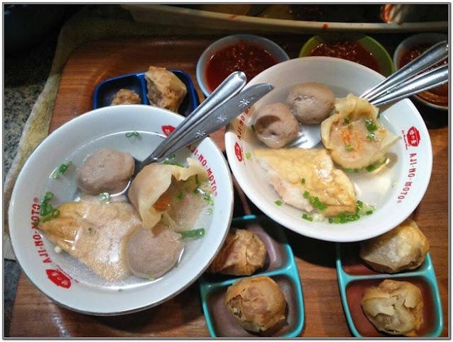 Bakwan Erna;10 Top Kuliner Mojokerto;