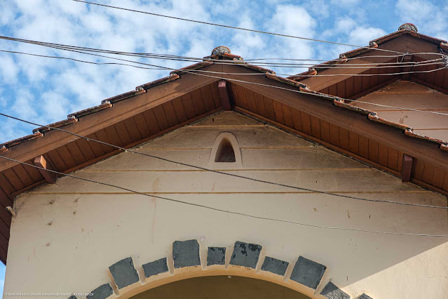Casa na Rua Monte Castelo, detalhe de capelinha