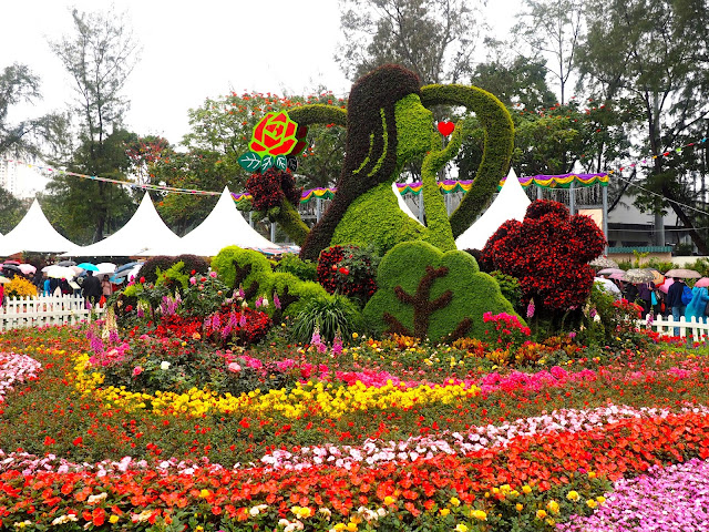 Floral sculpture of a woman at Hong Kong Flower Festival 2017