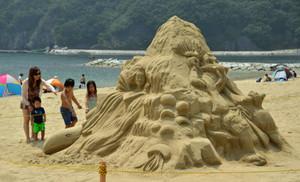 城ノ浜海水浴場 砂像