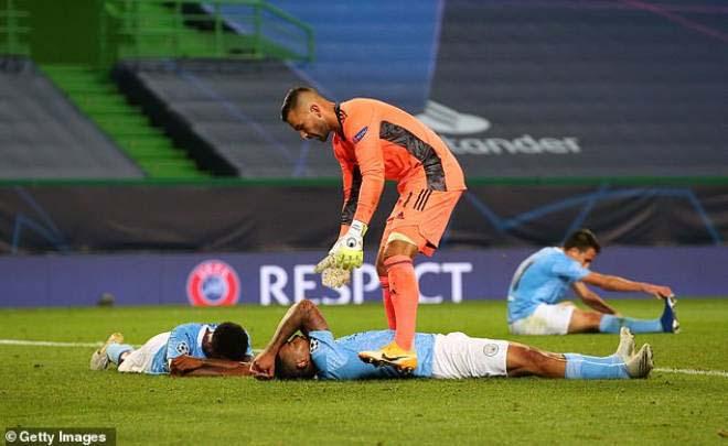 """PSG """"mua"""" vé vào chung kết Cúp C1 đắt khủng khiếp, Man City càng đau khổ 2"""