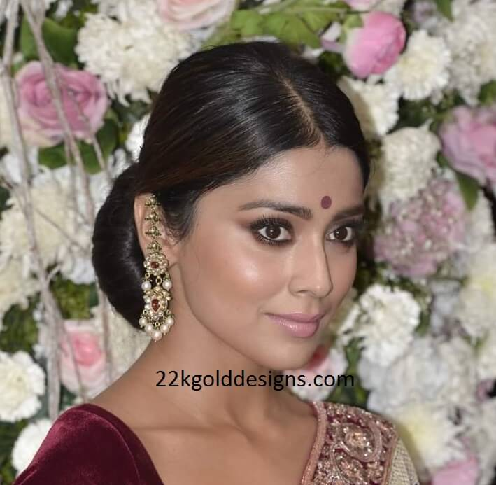Shriya Saran in Kundan Earrings