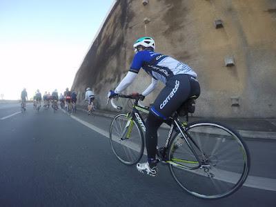 Os ciclistas Braddocks Team não usam ciclovias, pois desenvolvem velocidades muito altas, o que a malha cicloviária não comporta