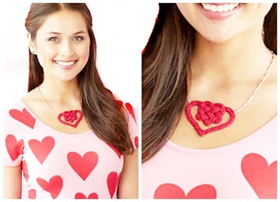 Corazón doble con nudo celta en macrame para collar
