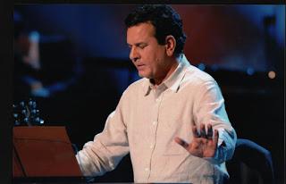 Σταμάτης Σπανουδάκης : Η αγκαλιά του Χριστού ο μόνος αξιόλογος και αληθινός προορισμός.