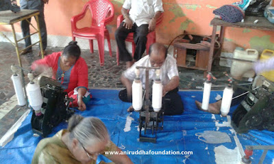 Charkha Camp activity, Spinning, devotees, Uniform, Praying, Andheri/ Mumbai, charkha