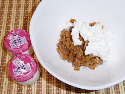 納豆にヨーグル(駄菓子)