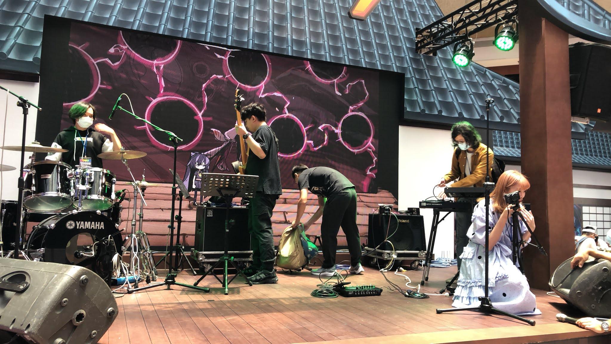崩壞三的舞臺表演,Tiny Minim樂團的現場演奏! IMG_5775