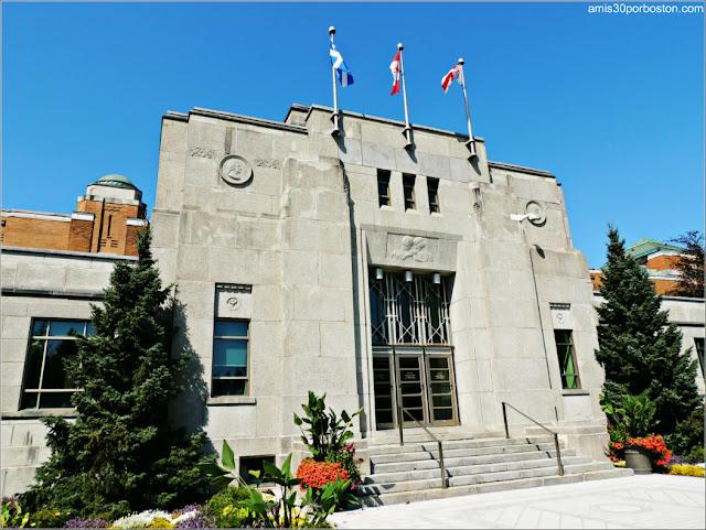 Edificio Administrativo del Jardín Botánico de Montreal