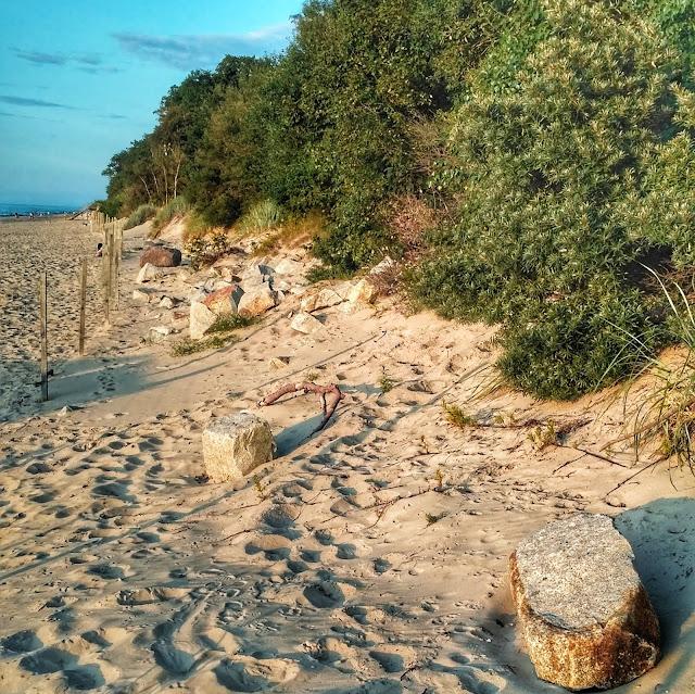 zachód słońca Rewal, plaża, lipiec-sierpień