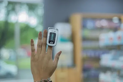 পাল্স অক্সিমিটাৰ-Pulse oximeter কিয় প্ৰয়োজন? ঘৰতে বহি কৰক নিজকে পৰীক্ষণ…