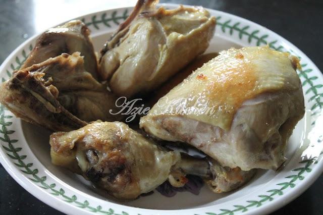 Kami menyediakan Soto Ayam untuk sajian Soto Ayam  Untuk Tetamu Beraya