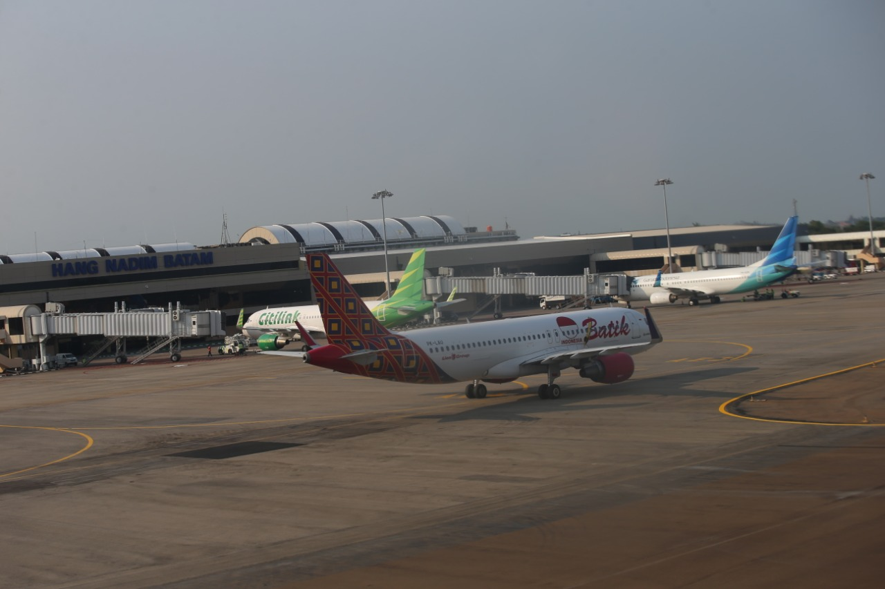 Semester I 2021, Penerbangan di Bandara Hang Nadim  Mengalami Penurunan Sebesar -9,82 %