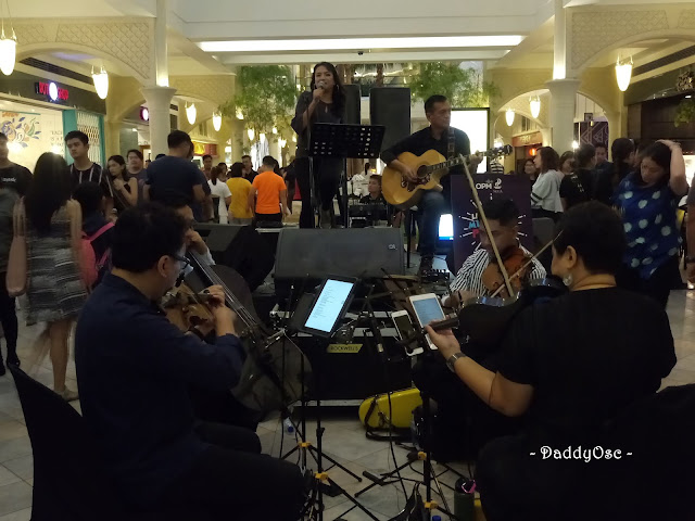 Cooky Chua and The Manila String Machine