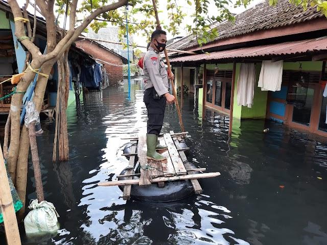Tragis, Banjir Air Bercampur Limbah Bikin Khawatir Warga Dukuh Tanggulangin Jati Wetan Kudus