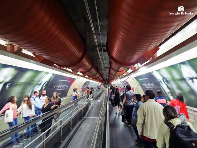 Vista de parte da Interligação subterrânea das estações Paulista - Consolação do Metrô - São Paulo