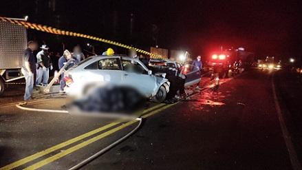 Grave acidente deixa 4 pessoas mortas na PR-090 no Norte do PR