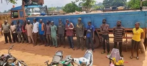 Benue state Intercepts Truck with three Niger nationals and others - COVID-19
