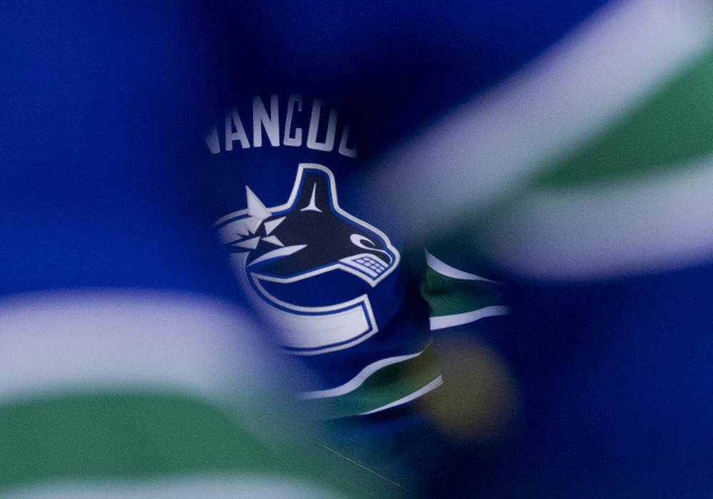 Vancouver Canucks Being Pressured To Change Logo Nhl Rumors Nhltraderumors Me