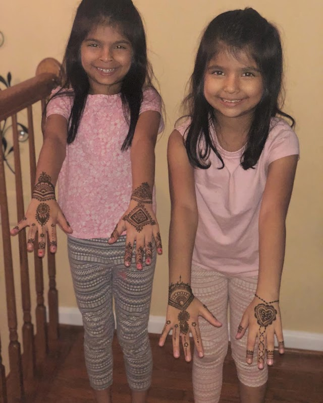 Mehndi Designs for Kids |  Simple and Easy