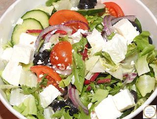 Salata greceasca reteta,