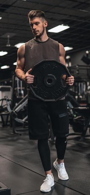 13 deslumbrantes equipamentos de ginástica para homens