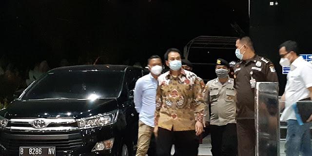 Siang Ini, Partai Golkar Sampaikan Sikap Resmi terkait Status Azis Syamsuddin