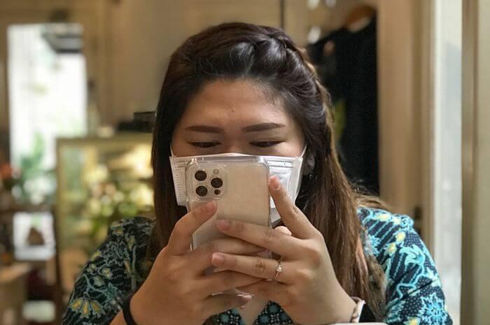 fitur-baru-ios-14-5-akan-membantu-pengguna-membuka-kunci-iphone-saat-menggunakan-masker