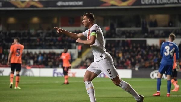 Hasil Liga Europa: AS Roma Libas Basaksehir 3-0