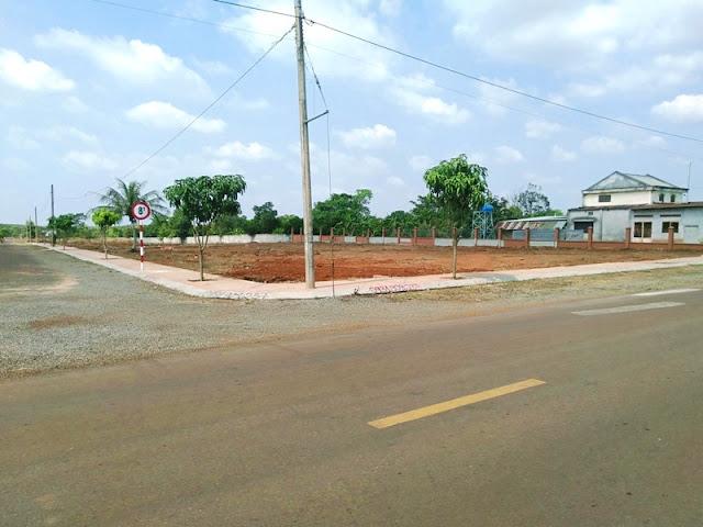 Đất MT đường nhựa 8m - Sổ đỏ thổ cư - KP3 Hắc Dịch Phú Mỹ