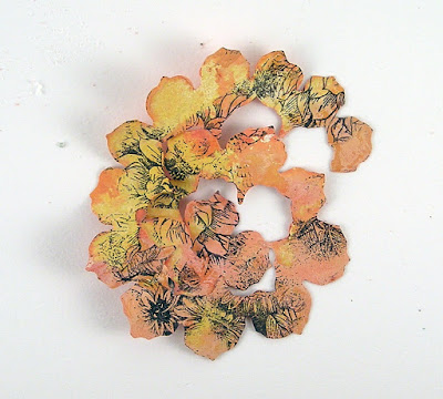 Sizzix Tattered Pine Cone Ranger Distress Oxide Fired Brick Peeled Paint Fossilized Amber Stampers Anonymous Glorious Bouquet For The Funkie Junkie Boutique