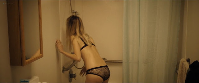 Diana Hopper naked