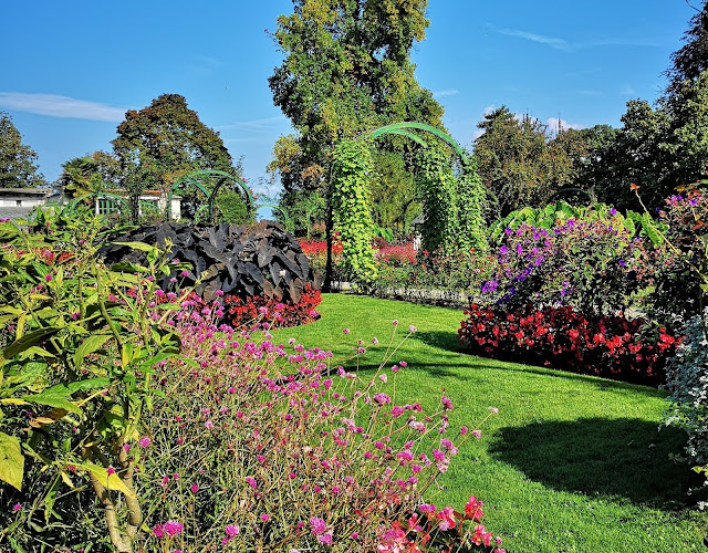 Il giardino d'estate del Parco Pallavicino a Stresa