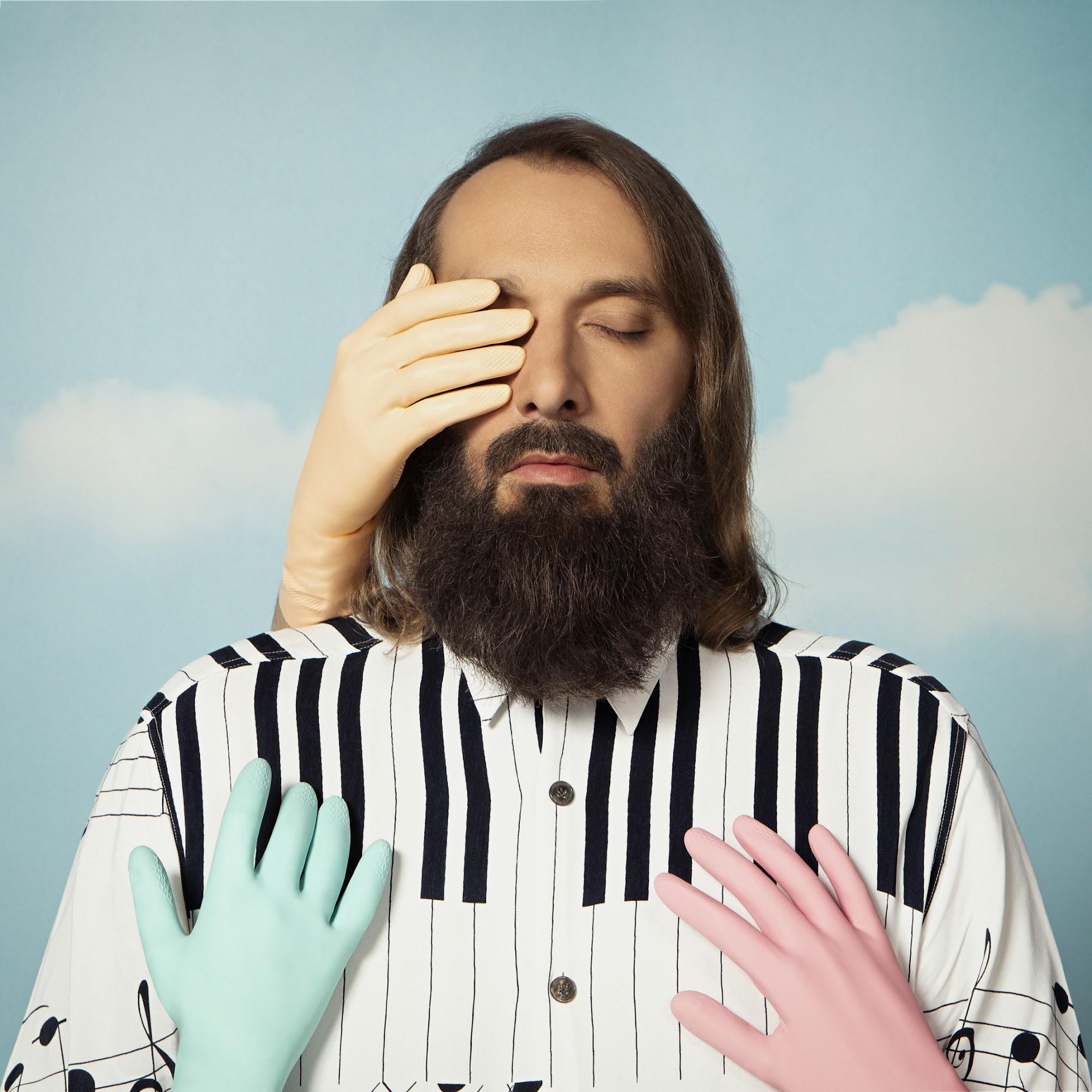 Sébastien Tellier meldet sich bald mit neuem Album zurück 'Domesticated' | 2 Musikvideos kündigen das Werk an