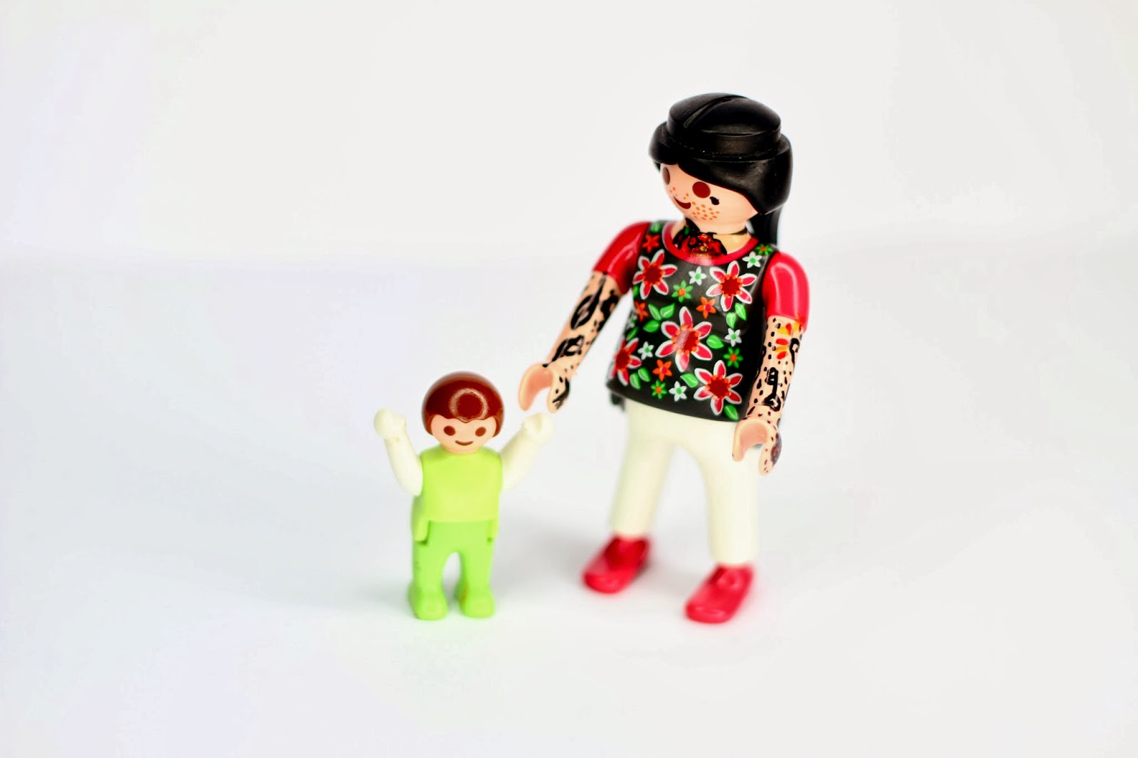 i will save your life tätowierte playmobil figuren