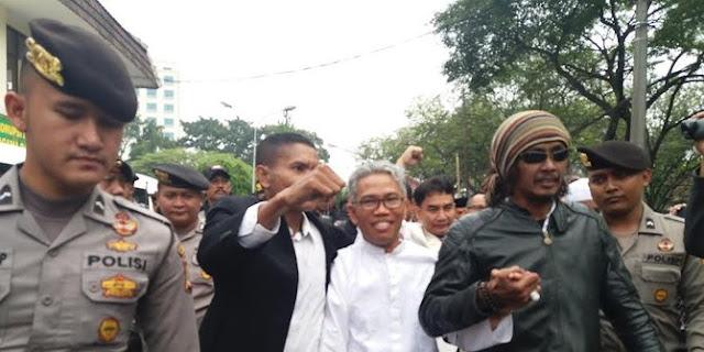 Sidang Buni Yani, Kuasa Hukum desak Jaksa hadirkan Ahok