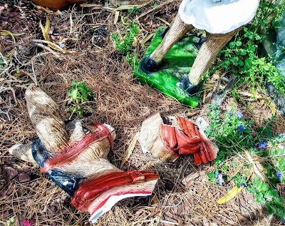 broken cheap plaster yard ornament
