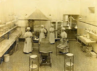 Nursing Staff 'scrubbed up' in the North Theatre,  St Thomas' Hospital, 1908. Florence Nightingale Museum Trust.
