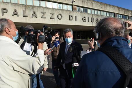 Foggia: ai domiciliari il sindaco Landella, l'accusa è di corrruzione