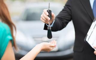 beli mobil kontan atau kredit