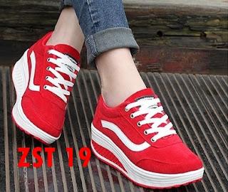 Sepatu Wedges Vans Replika Untuk Wanita Warna Merah Dan Hitam