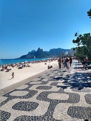 O que tem de interessante nesse território Brasileiro?